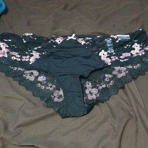 Cacique cheeky panties